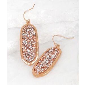 Jewelry - ✨SALE✨5⭐️NEW! CHIC GLITTER STONE DROP EARRINGS
